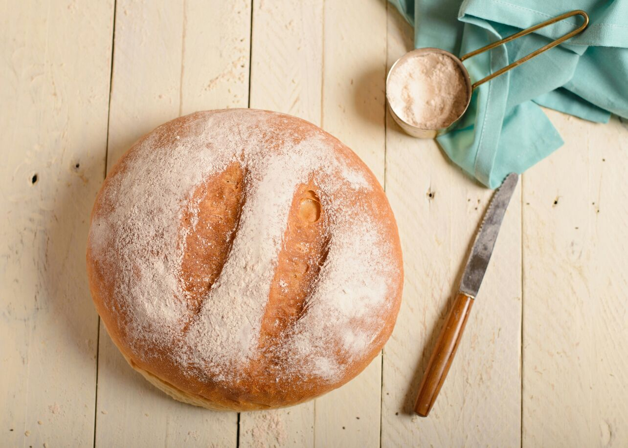 לחם כפרי מקמח כוסמין לבן
