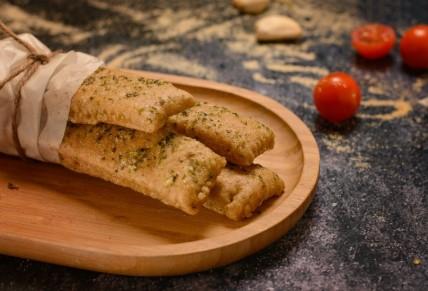 לחם שום מקמח כוסמין מלא