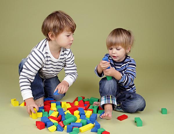 משבר הקורונה – עודדו משחק משותף בין הילדים ולא רק כל אחד לעצמו