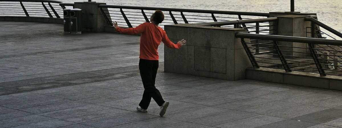לרקוד על מדרגות הרבנות