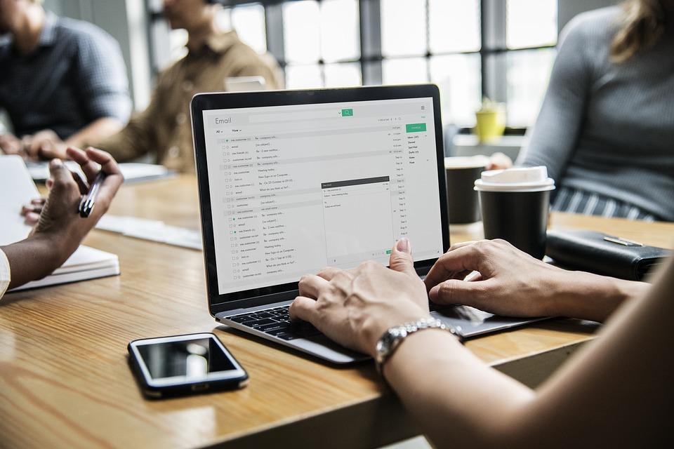 כתיבת תוכן לאתרים בתהליך שדרוג