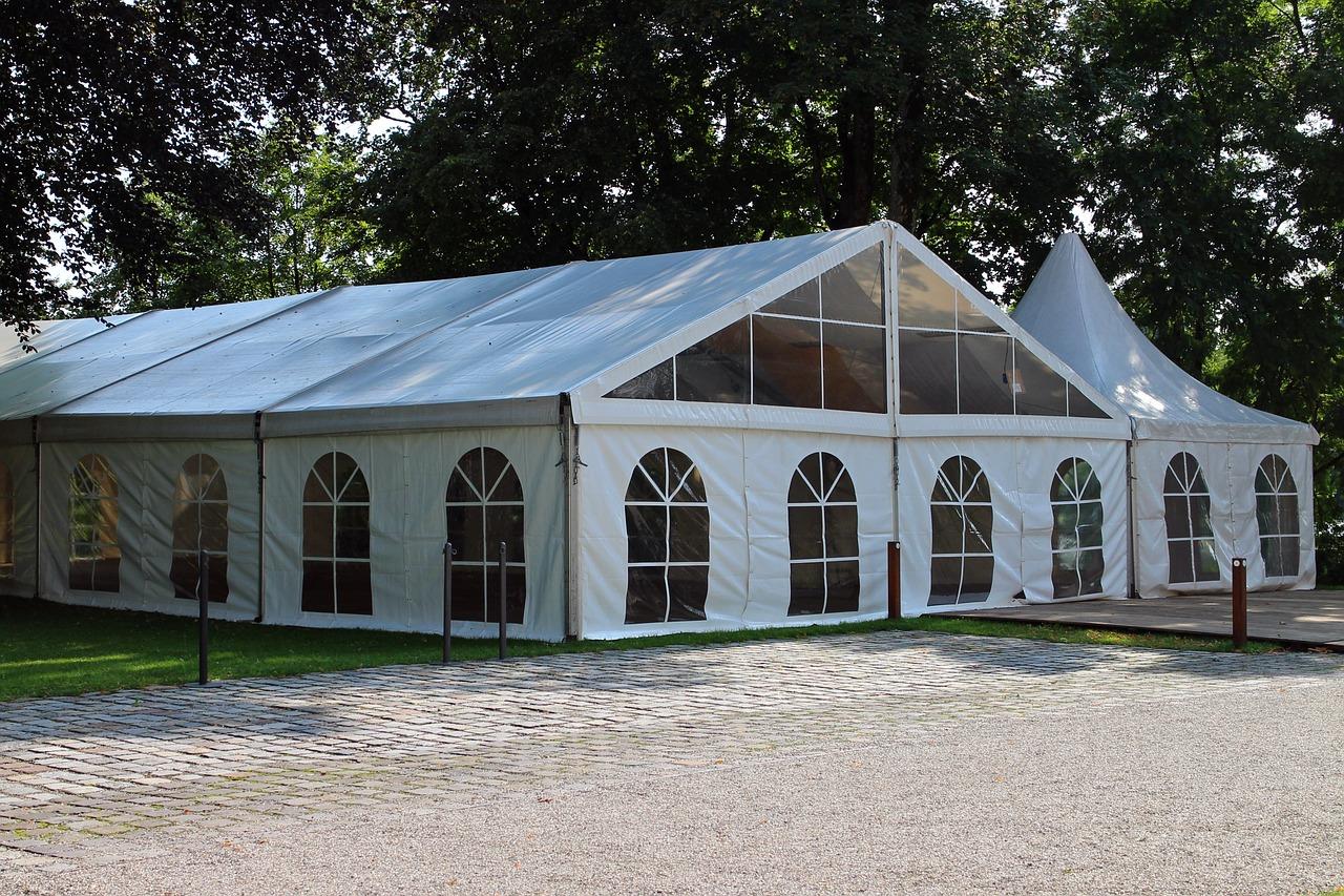 טיפים להשכרת אוהלים לאירועים